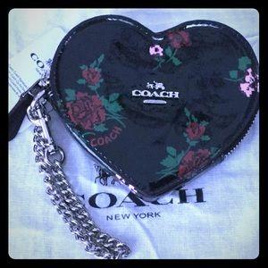 COACH HEART WRISTLET WALLET CROSS-STITCH FLORAL